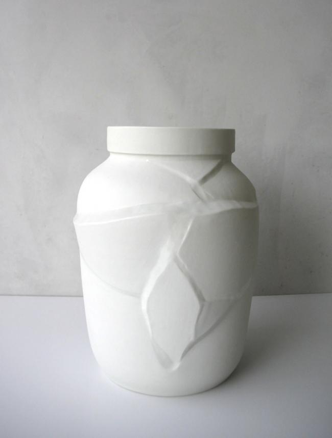 Tectonic vase / porcelain - The tectonic vase invites you to look at change differently. Just like shifts in the earth's c...